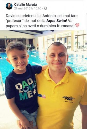David Maruta alaturi de antrenorul de inot Antonio Costea.